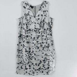 Dressbarn Woman SZ 18W Grey-Black Floral Layer Top